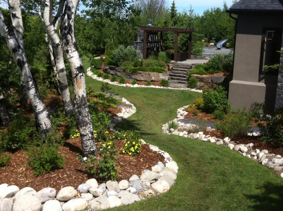 CityScape Landscaping Calgary - Planters Landscaping and tree landscaping